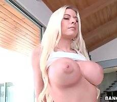 Busty and sexy Riley Evans