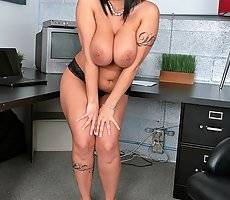 Sexy hot big titty babe carmella bing gets fucked by her photographer in her office in these hot banging big titty box crushing pics