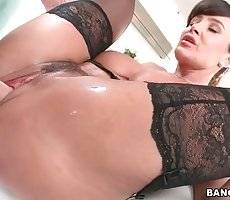 Dude Drills Great Breasted Milf Lisa Ann 3